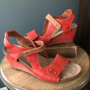 Taos Two Tone Wedge Sandal